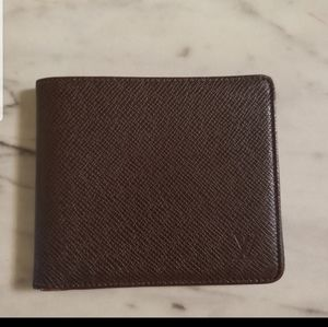 Authentic Louis Vuitton Wallet Bifold Taiga Brown
